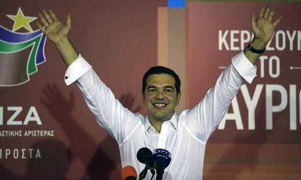 Tsipras celebrando su victoria. Foto: The Guardian